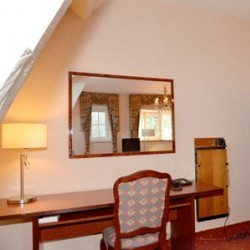 castle hotel room with terrace, Maastricht | www.castlehotelholland.eu